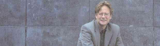 Criminoloog Hans Boutellier over vrijheid en onveiligheid: 'Welzijnswerk moet normen stellen' (2002)